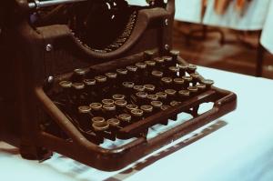 writing skill ielts academic essay english luyen viet