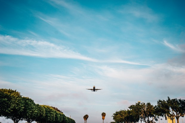 Vi Tran online flight ticket scam Vietnamese students in Sydney