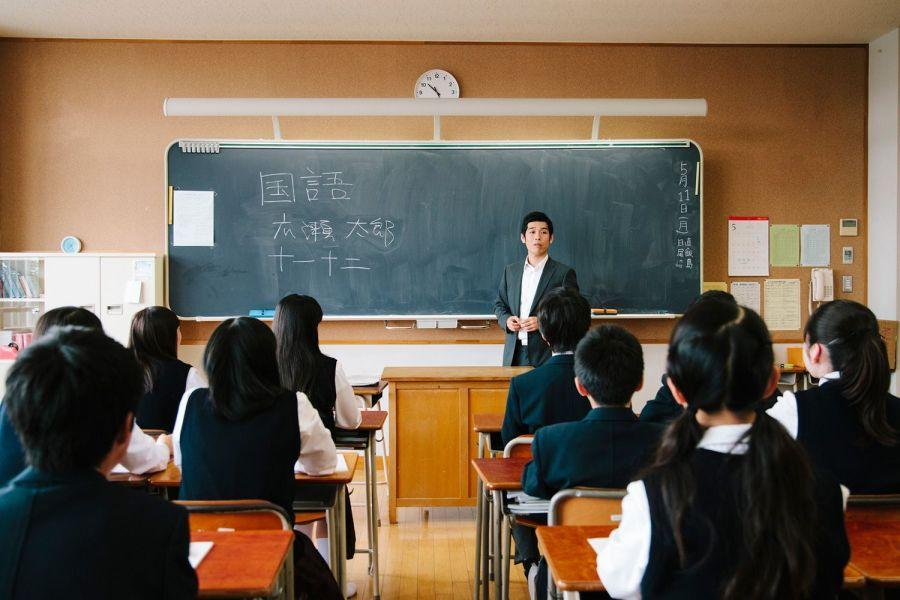 JapaneseHighSchool-58c6b01b3df78c353c640258